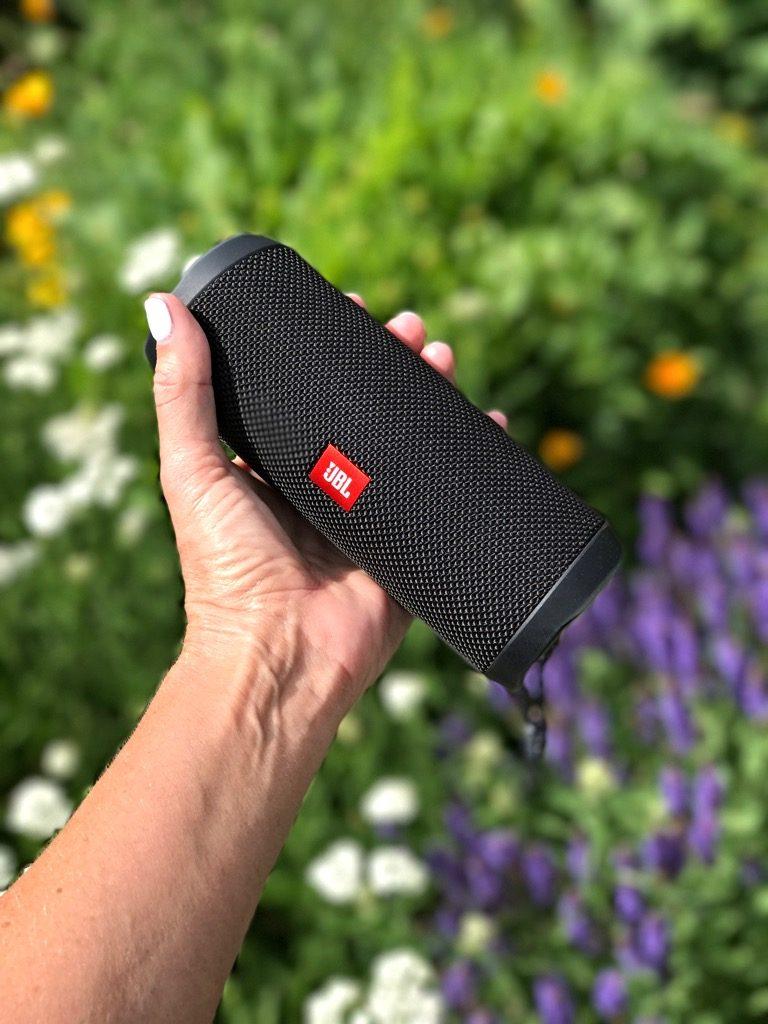 jbl waterproof portable speaker