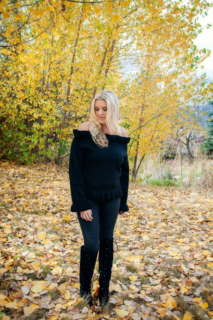 all black outfit, fall outfit, fall vibes, photos,
