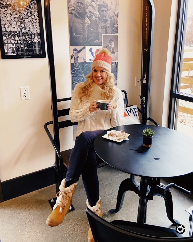 Winter outfit, sorel boots, First lift Coffee house