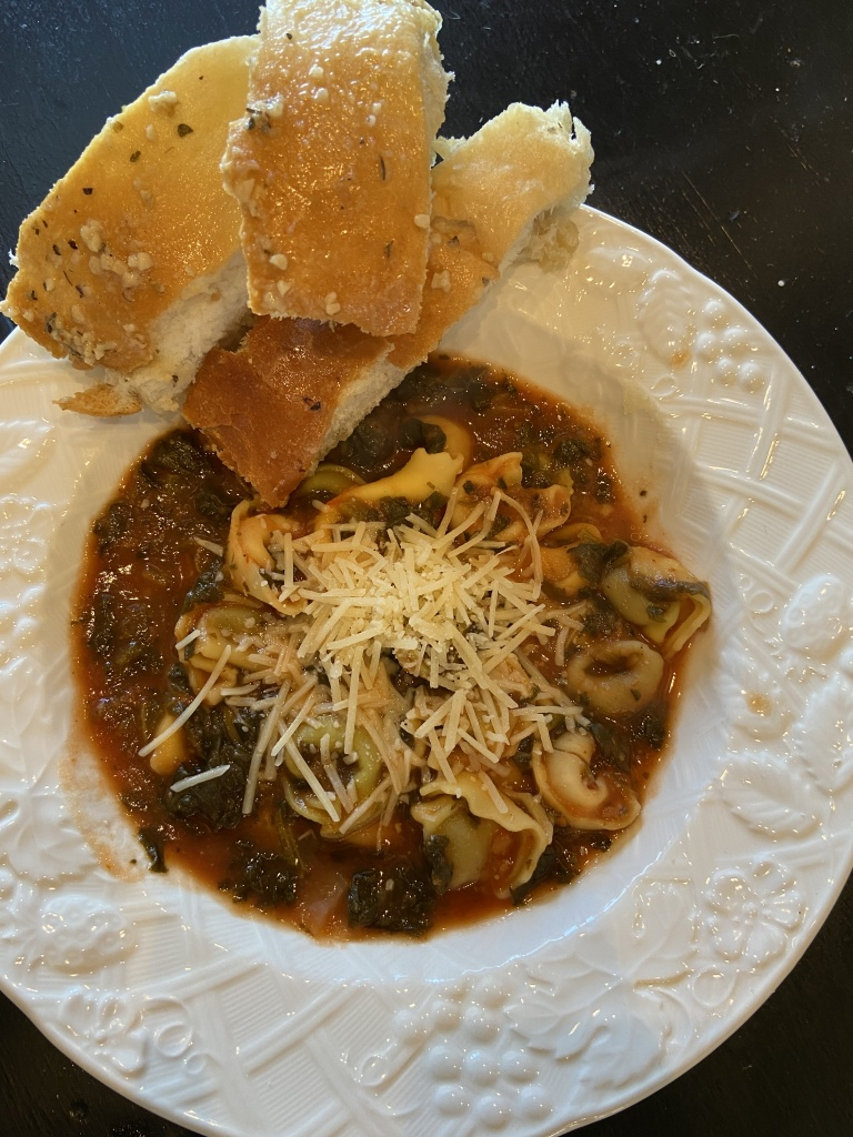 Spinach & Tortellini Soup Recipe